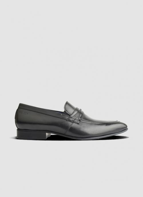 Language Shoes-Men-Thomas Loafer-Premium Leather-Black Colour-Formal Shoe